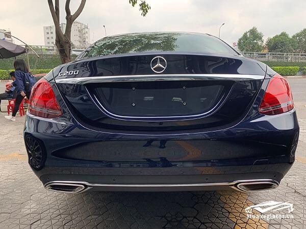 duoi xe mercedes c200 2019 muaxegiatot vn 20 - Giới thiệu các phiên bản Mercedes C Class 2021 bán tại Việt Nam